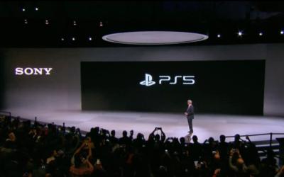 Sony visar PS5-logga och finfina PS4-siffror